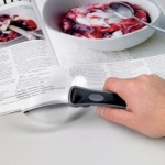 Illuminated Rimless Magnifier Illuminated Rimless Magnifier